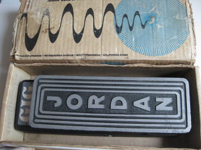 Wah Studio1525 Vintage Musical Equipment Store